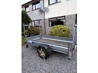 For sale 8ft by 4ft trailer (indispension) with tail gate fantastic condition £800.: