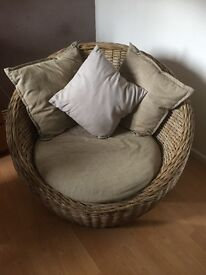 Lovely wicker comfort chair. Immaculate condition