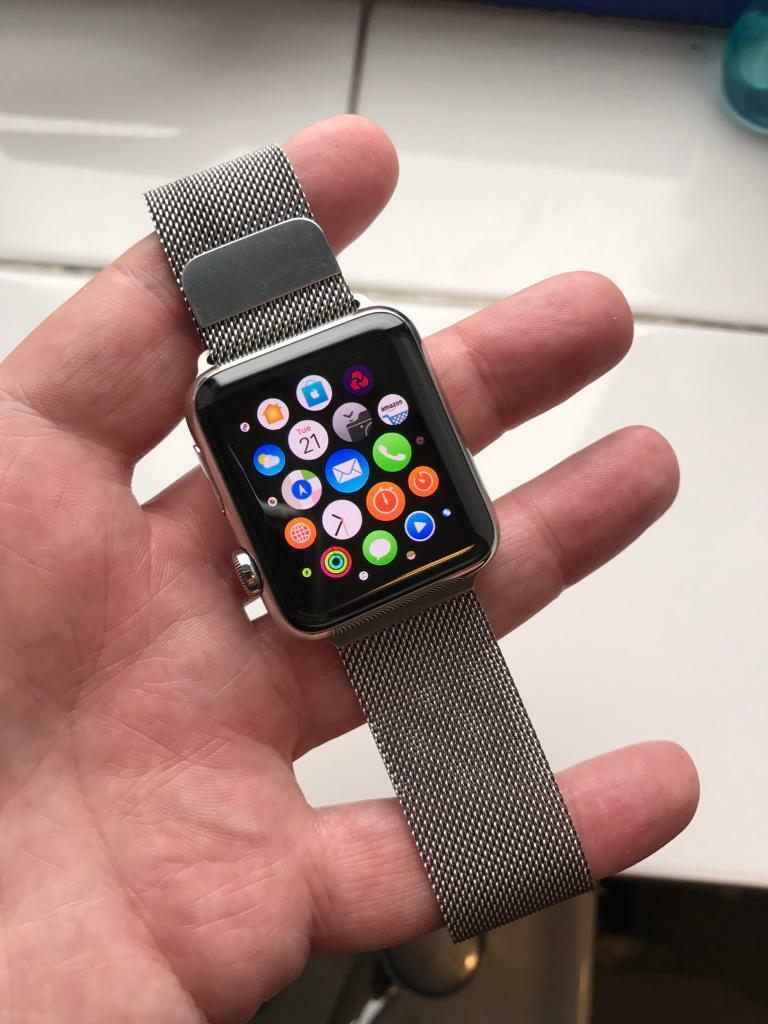 Apple Watch 42mm stainless steelin Top Valley, NottinghamshireGumtree - Apple Watch 42mm stainless steel with Milanese loop band. Series 1 comes with box , charger etc. Watch is in good condition screen is scratch free just general wear on frame nothing that can be seen unless you really look. All pictures are of actual...