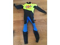 Mens Merlin wet suit (small)