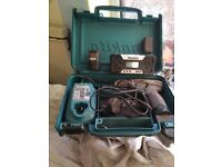 Makita 12 v drill driver radio kit