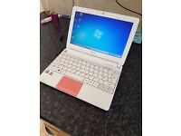 Acer Aspire Happy Netbook Pink and white Intel Atom Dual core N570 processor