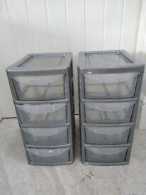 Mini plastic storage units