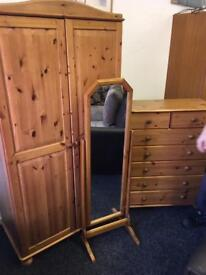 Wardrobe drawers and vanity mirror can deliver