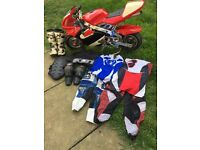 Mini moto with two racing kits and alpine t6 boots size 3 also back protector and knee pads