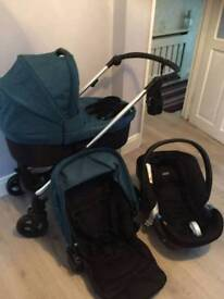 Mamas and papas pram in good condition and comes with everything 150 ono