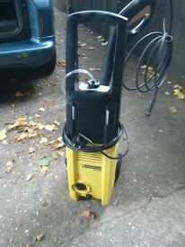 Karcher k2.94 pressure washer with lance and nozzle with 2 attachments and detergent bottle vgc gwo