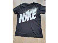 Black Nike T Shirt - age 6-8 years