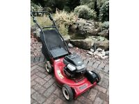 Champion Briggs & Stratton Self-Propelled Lawnmower