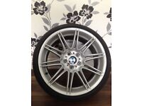 BMW GENUINE MV4 19 INCH REAR ALLOY WHEEL MINT CONDITION 9J