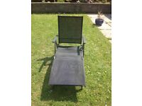 Black suntime modern garden lounger immaculate