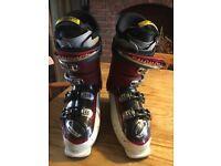 Salomon ski boots 9-9.5
