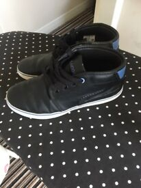 Boys lacost trainers