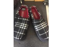 New men's slippers size 9