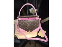 Bag Louis Vuitton double v