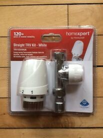 Radiator valve kit white