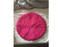 Girls round rug