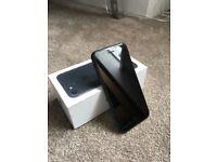 Apple iPhone 7 - 32GB - Black (Unlocked)