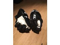 Sherwood t50 ice hockey gloves
