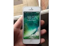 Boxed White and Silver iPhone 5 16gb Vodafone