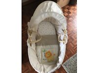Moses basket and stand. In good condition.
