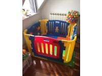 Playpen with Activity Panel, Floormat and balls