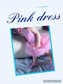 Spanish dresses +socks and bows to match,many more items up for grabs,posting lots more asp