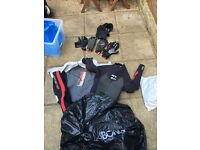 Mens full length Billabong Wetsuit Large 3mm 2mm Mens shortie Wetsuit Large Gloves Hood