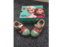 Reebok Frozen trainers size infant 6