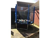 5 ft trampoline good condition