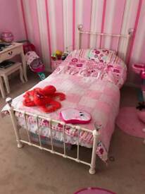Single bed with mattress only 6 months old
