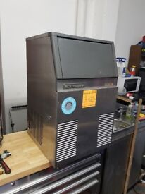 Scotsman Ice Maker ***AST204