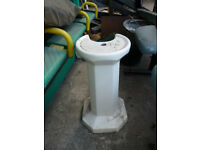 White Bathroom Sink Pedestal Free-Standing Octagonal Base