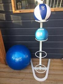 Medicine ball stand and balls