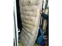 single Sleep Master 2500 pocket sprung mattress vgc smoke free hardly used
