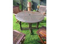 4 CAPTAIN CHAIRS AND TABLE
