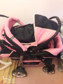 Baby sportive pink pram