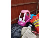 Childrens cozy coupe