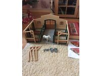 Schleich horse stable and horse