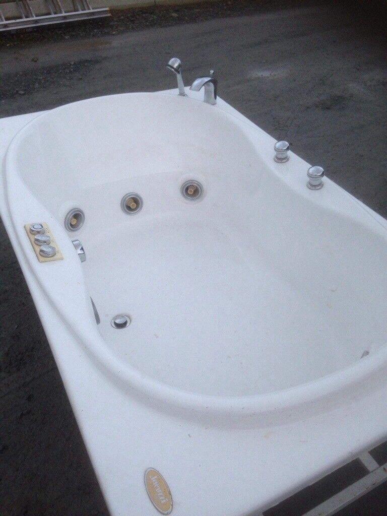Whirlpool jacuzzi bath | in Crossgar, County Down | Gumtree