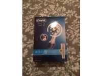 Oral-B Pro 3 3000 CrossAction Electric Toothbrush Rechargeable, brand new, boxed, unopened
