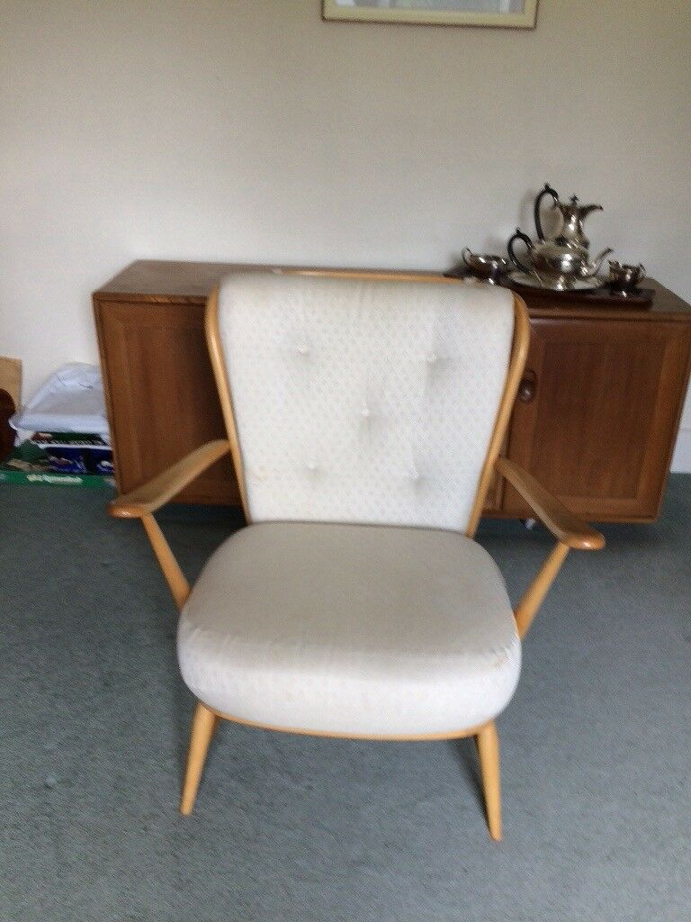 Beautiful retro vintage ERCOL armchair