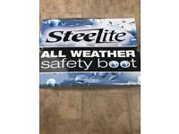 Brand New Boxed Steelite Safety Boots Size 11