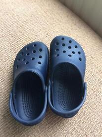 Kids 8/9 Crocs