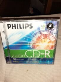 50 sealed Philips CDRs
