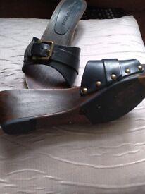 Ladies mules/sandel