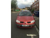 Renault Megane with Panaramic roof 6 disc CD changer all mod cons.. spares or repairs