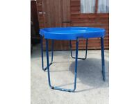 Active world height adjustable tray table
