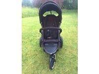 Phil & Teds Explorer with rain cover, newborn peanut and sleeping bag, good condition