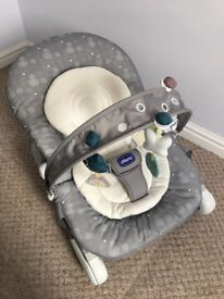 Chicco Hoopla Baby Bouncer - Legend Stone in colour
